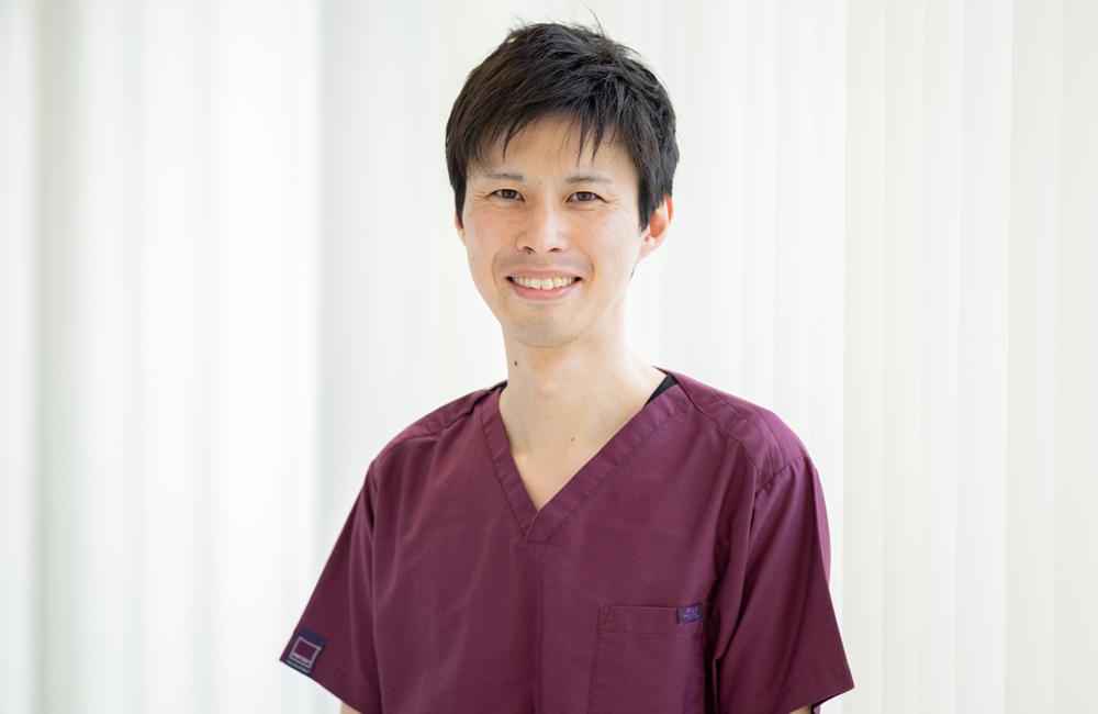 静岡市の小嶋デンタルクリニックの歯科医師 三浦 祥平